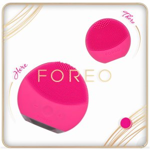 FOREO Here and There Gift Set (Worth $178.00)