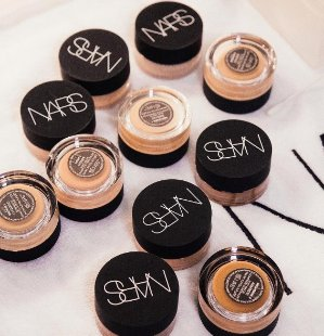 Dealmoon Exclusive! Mini Velvet Matte Lip Pencil - Dolce Vita & Mini Light Optimizing Primer SPF15with any order above $50 @ NARS Cosmetics