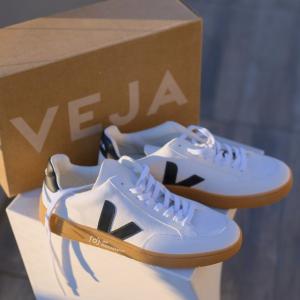 3折起+额外7.5折 €63收爆款小白鞋Veja 法国新晋潮牌 明星都在穿的小白鞋 新款新色都参加
