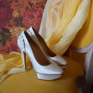 一律8折 最后一天独家:Charlotte Olympia官网 精美女鞋上新
