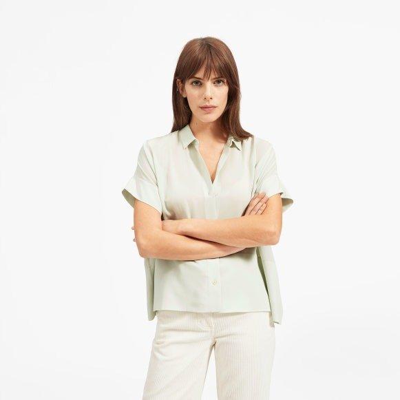 半袖丝绸衬衫