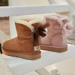 低至2.5折+免邮Ugg 时尚专场 后系蝴蝶结雪地靴$99多色选,小羊皮手套$66