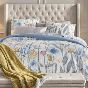 Up to 30% OffThe Home Depot Select Furniture and Home Decor Sale