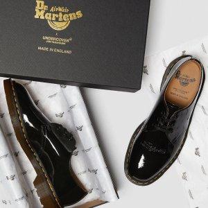 低至5折 $95收1461复古金属款BD狂欢节:Dr.Martens 爆火马丁靴热卖 炫酷有型