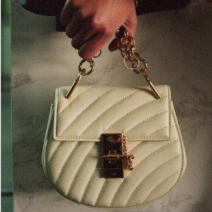 精选8折 £264收Yuzefi小众水桶包Farfetch 男女大牌包包、服饰等热卖 Chloe、Off-white等都参加