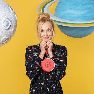刺绣的少女心+火星小设计上新:Fearne x Cath Kidston 联名款上市 唤醒童心啦