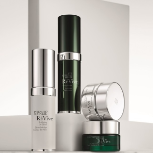 Free 4-PC Gift Value $84Revive Skincare Event