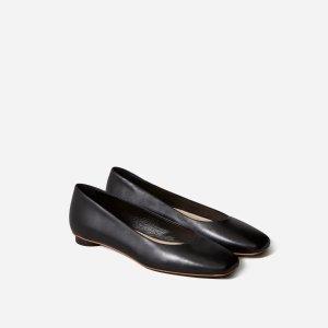 Everlane芭蕾鞋