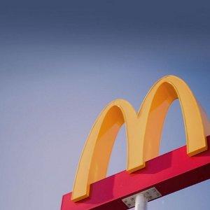 """新用户半价+免费热饮McDonald's 11月大羊毛  """"我就喜欢""""这样简单粗暴的减价"""