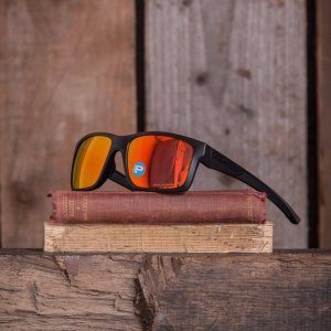 c3e6d4a309f Expired  89.99 ( Orig  190 ) OAKLEY Mainlink Ruby Iridium Polarized  Sunglasses Item No. OO9264-926407-57