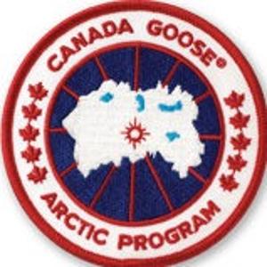 新用户9折 断码断货快Canada Goose 经典款羽绒服折扣 黑标、远征款有