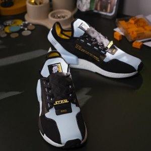 低至5折起 £97收封面星战联名款adidas官网 NMD潮鞋5周年好价 经典原版色、限定色都有