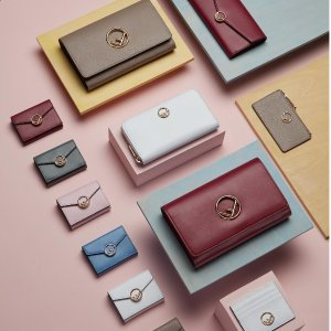 Up to 50% offReebonz Luxury Brand Wallets Sales