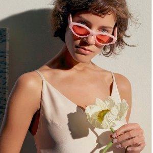 满$300立减美元75Sunglass Hut 母亲节促销 大牌时髦太阳眼镜热卖