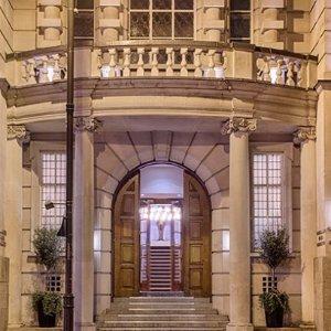 北伦敦探店打卡好去处Courthouse Hotel 顶层户外花园鸡尾酒套餐 £24.95起