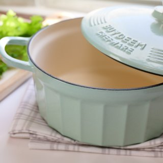 厨房的C位担当   高颜值北鼎珐琅铸铁锅   煎、煮、焖、炖  一锅搞定
