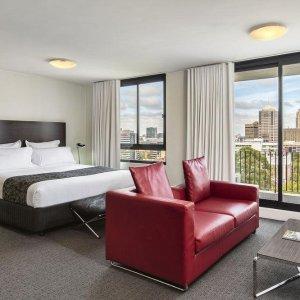 Cambridge Hotel Sydney酒店