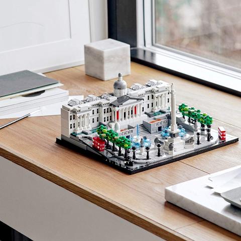 直降£15 £65拿精品乐高21045 特拉法加广场伦敦地标建筑物微观景致好价促销