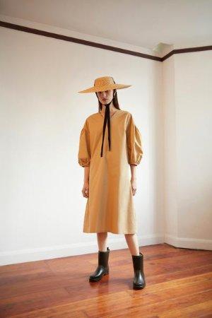Land Dress – 310MOOD