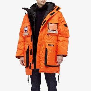 Canada GooseSnow Mantra ParkaMonarch Orange