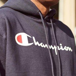 Champion 经典logo连帽卫衣特价 男女都能穿 黄金码全