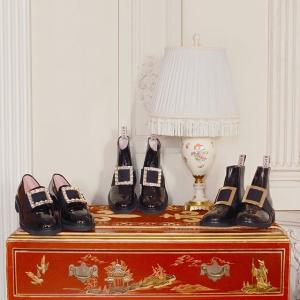 变相8.3折 MM德训鞋$565手慢无:Mytheresa 惊喜大促 加鹅远征两色、RV方扣靴黄金码