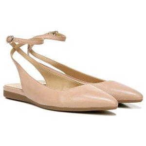 Naturalizer皮粉平底鞋