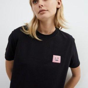 5折起!T恤£50 围巾£55Acne Studios 好折闪现 冷帽、围巾、T恤卫衣、大衣等全都有