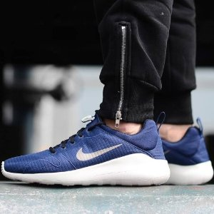 Dealmoon Exclusive  Extra 30% Off Nike Shoes and Bags On Sale @ Proozy