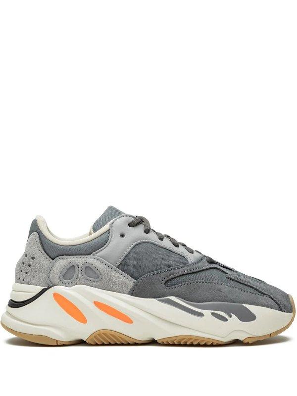 Magnet Yeezy Boost 700 运动鞋