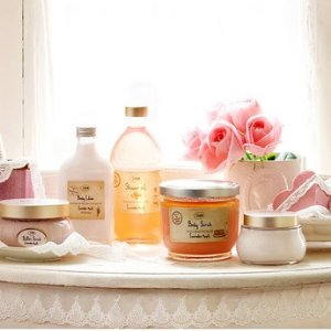 Dealmoon Exclusive!Buy 2 Large Body Scrubs, Get One Free @Sabon