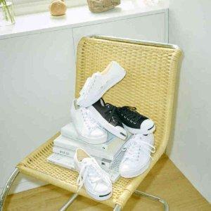 低至4折 £85收肯豆同款 Yeezy平替折扣升级:Ssense 运动鞋专场收麦昆、匡威、Nike、巴黎世家黑五价下手好时机