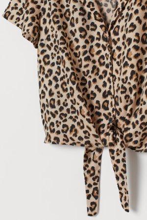 Tie-hem Resort Shirt - Light beige/leopard print -    H&M US
