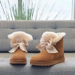 €106.4收封面蝴蝶结靴,围巾20欧UGG官网史低2.4折起,仅3天 冬天也要温暖又时尚