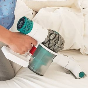 $99Dyson V6 Mattress Cordless Handheld Vacuum