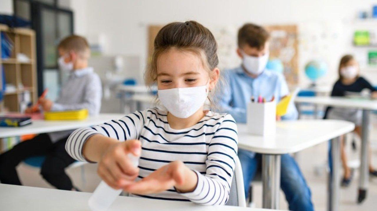 各年龄段学生开学防疫政策盘点 | 幼儿园、小学、中学、大学生如何防疫,及开学福利等!