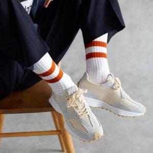 无门槛免邮 $129.99起New Balance 新款327厚底复古运动鞋 热门爆款 码数不多