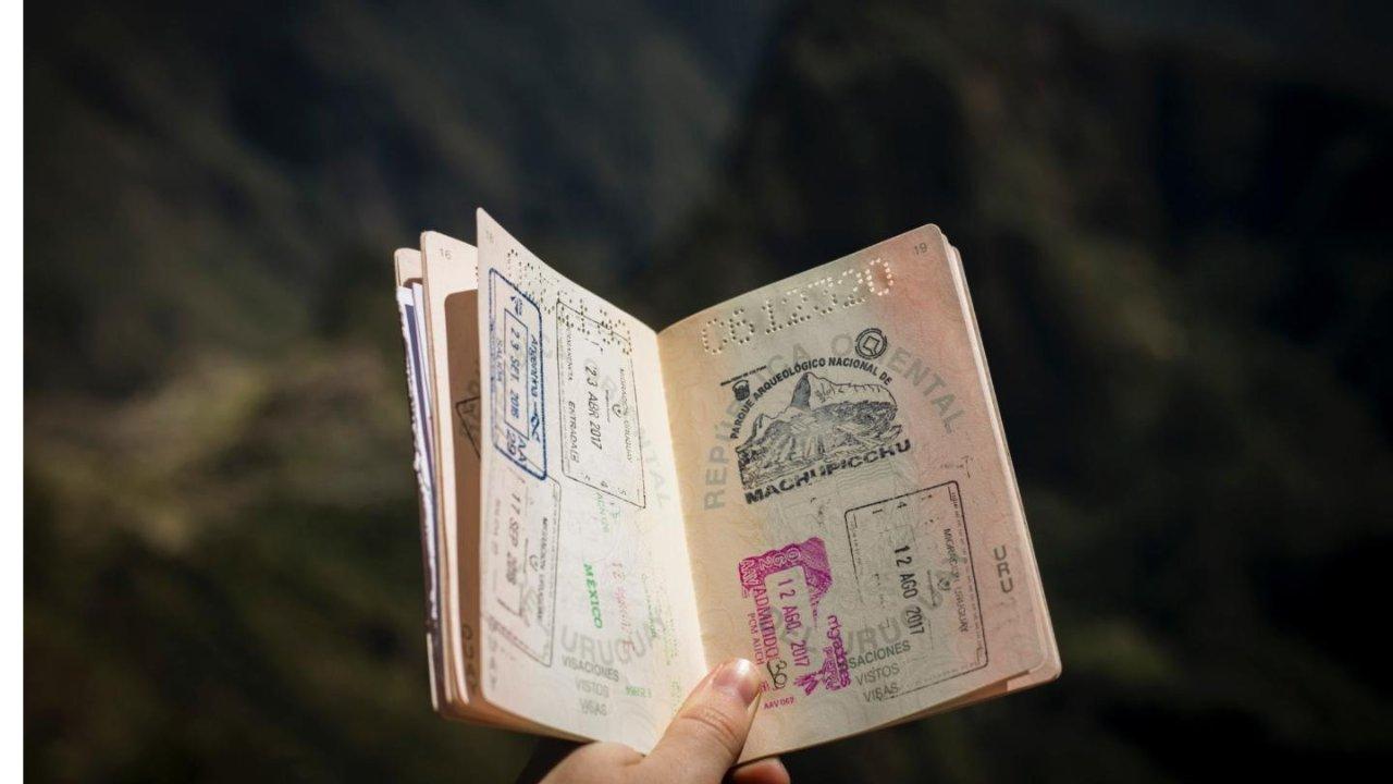 旅转学 | 通过率极高!在加拿大旅游签证转学签全攻略