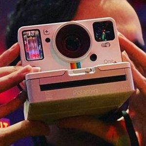 $96.24(原价$110.35)Polaroid 宝丽来 Onestep2 / Onestep+ 复古拍立得
