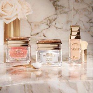 满额7折!花蜜面霜€156收Dior 惊现周末闪促 香水、护肤、彩妆都在线