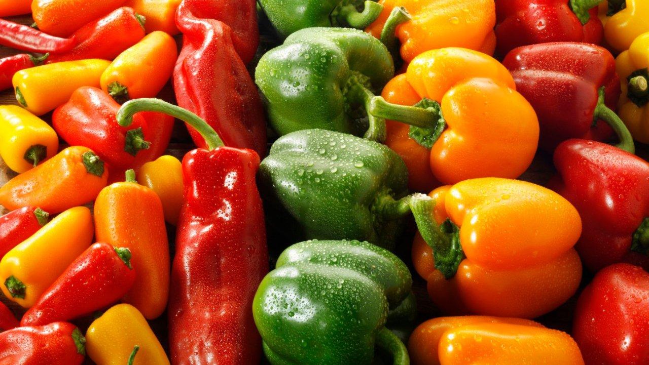青椒,墨西哥辣椒,阿纳海姆辣椒。。。哪个最辣,那个最适合炒菜?美国超市常见辣椒大盘点!