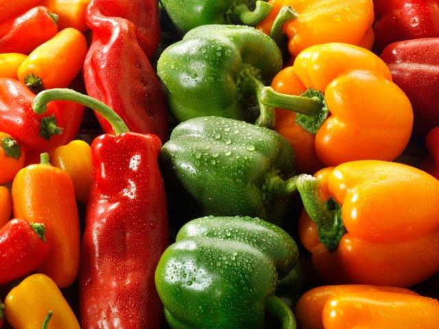 青椒,墨西哥辣椒,阿纳海姆辣椒。。...