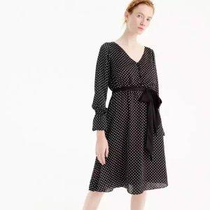 波点长袖连衣裙