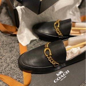 4折起+额外8.5折 毛绒款$74Coach 人气乐福鞋特卖 封面Gucci平替$65 (原价$155)