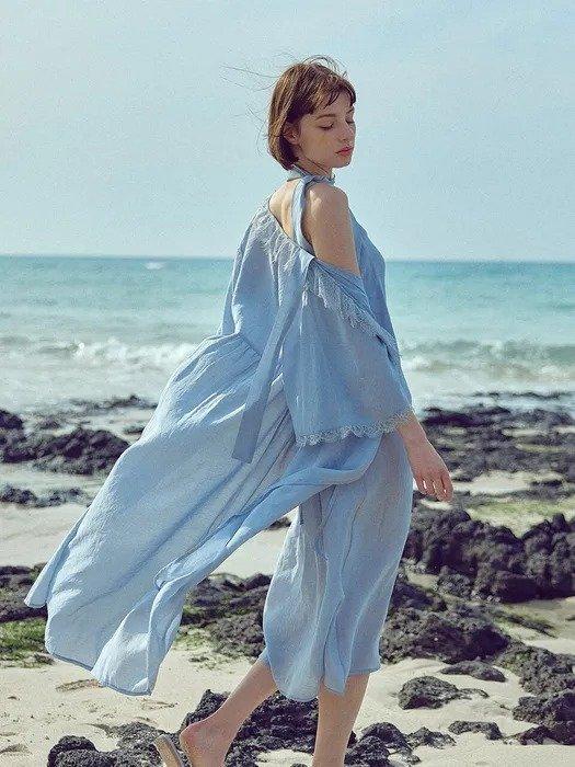 温柔海蓝色连衣裙