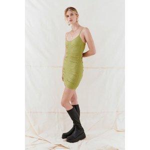 绿色鱼骨连衣裙