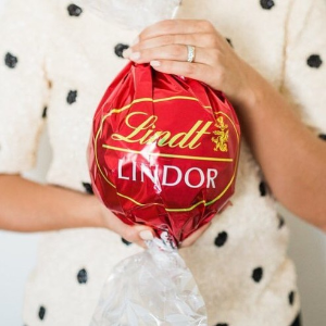 Up to 20% OFFLindt Sale & Deal Select Chocolate Gift on Sale