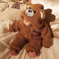Moschino 泰迪熊图案绒绒连体服