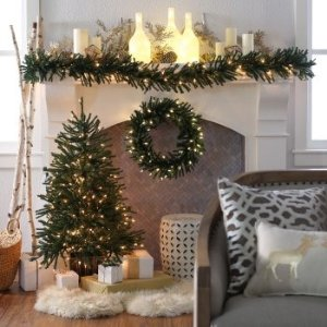 Finley HomeDelicate Pine 24 in. Pre-Lit Battery Operated Wreath
