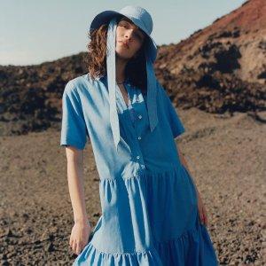 直接4.2折!£14收新款条纹裙Arket 连衣裙秋季大促 北欧风设计派 印花裙、优雅小黑裙参与